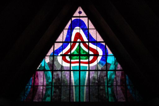 Kastellin kirkon ikkuna