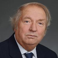 Matti Kakko, yhteisen kirkkovaltuuston pj.