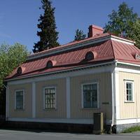 Puistopuutarhurin talo